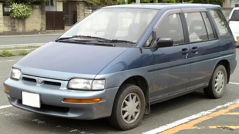 Nissan Prairie II (M11) 1988 - 1998 Compact MPV #5