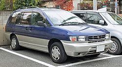 Nissan Prairie III (M12) 1998 - 2004 Compact MPV #7