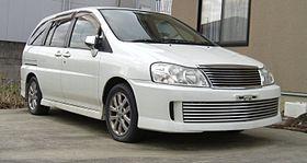 Nissan Prairie III (M12) 1998 - 2004 Compact MPV #5
