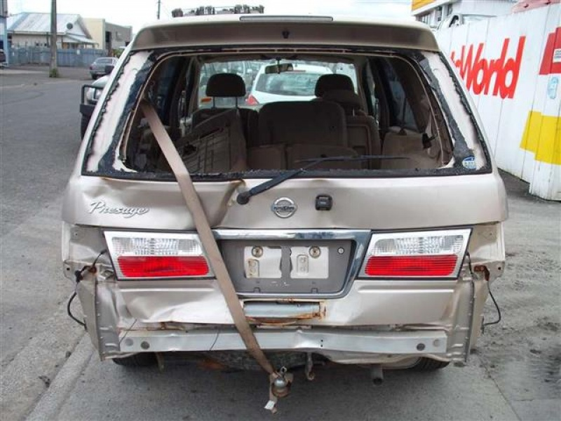 Nissan Presage I 1998 - 2003 Minivan #2