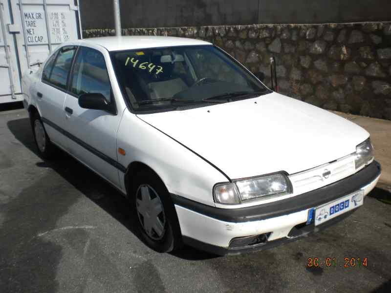 Nissan Primera I (P10) 1990 - 1996 Hatchback 5 door #7