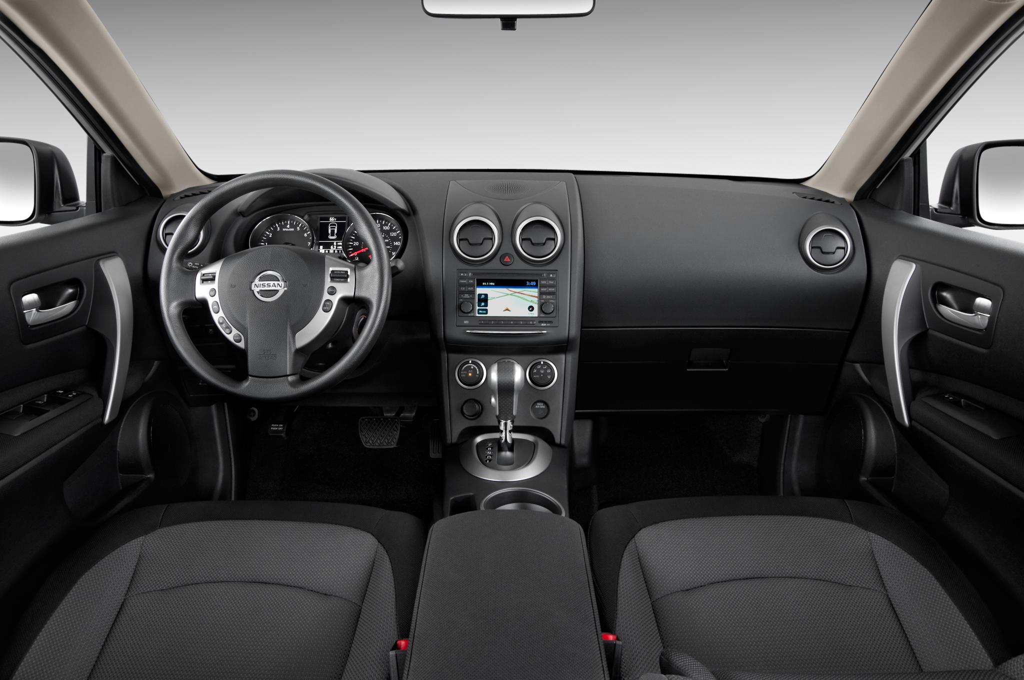 Nissan Rogue I 2007 - 2010 SUV 5 door #2