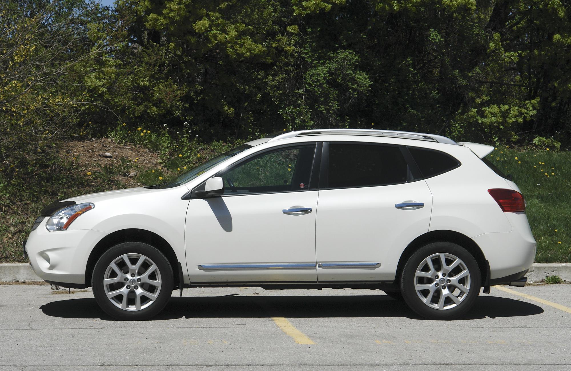 Nissan Rogue I 2007 - 2010 SUV 5 door #5