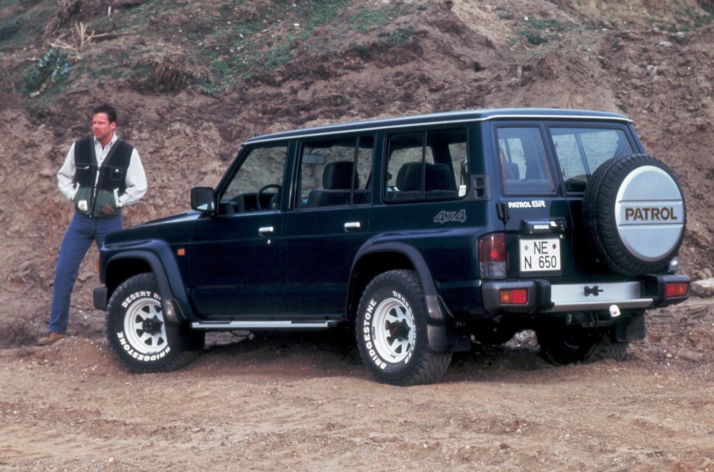 Nissan Safari V (Y61) 1997 - 2007 SUV 5 door #2