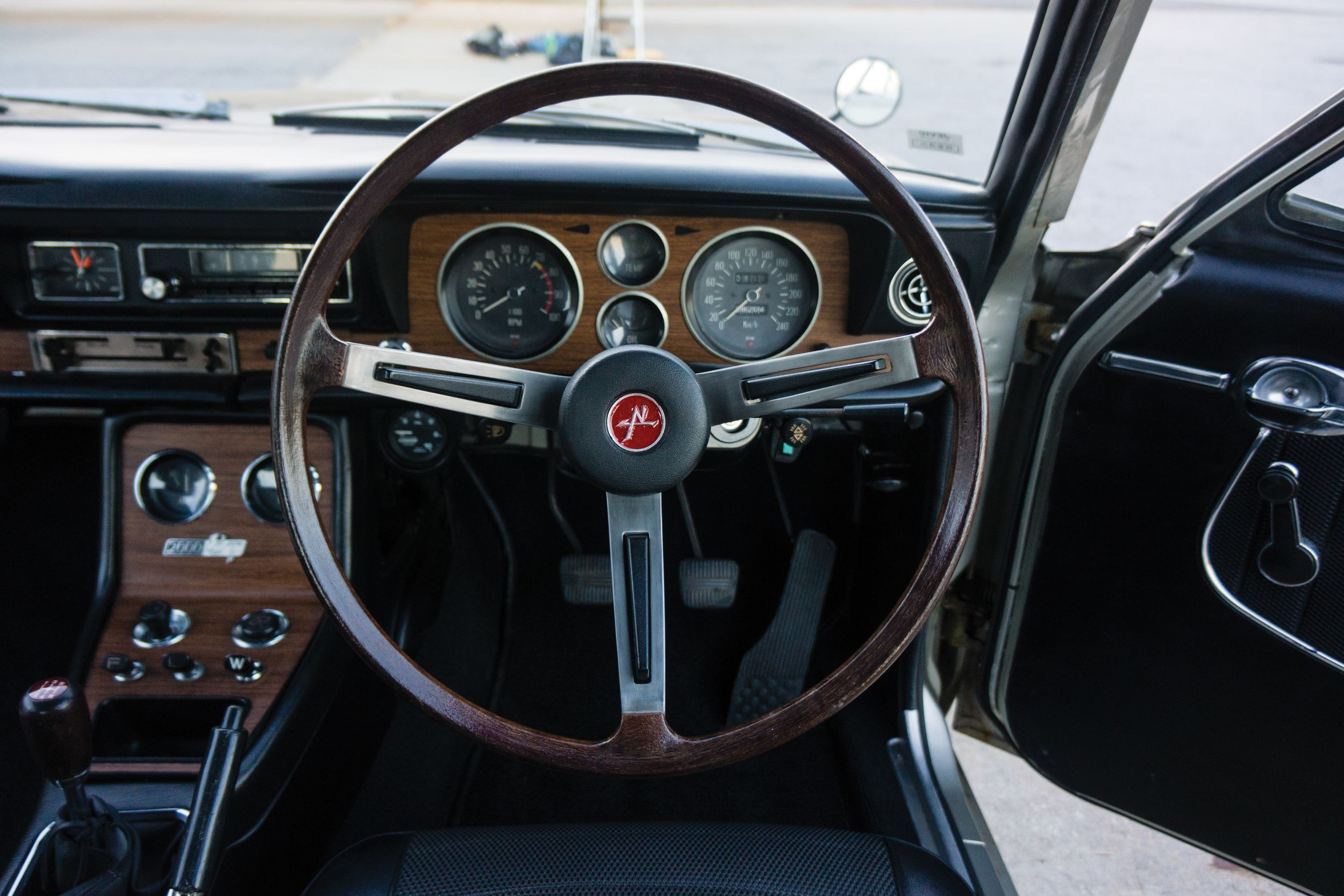 Nissan Skyline III (C10) 1968 - 1972 Coupe #6