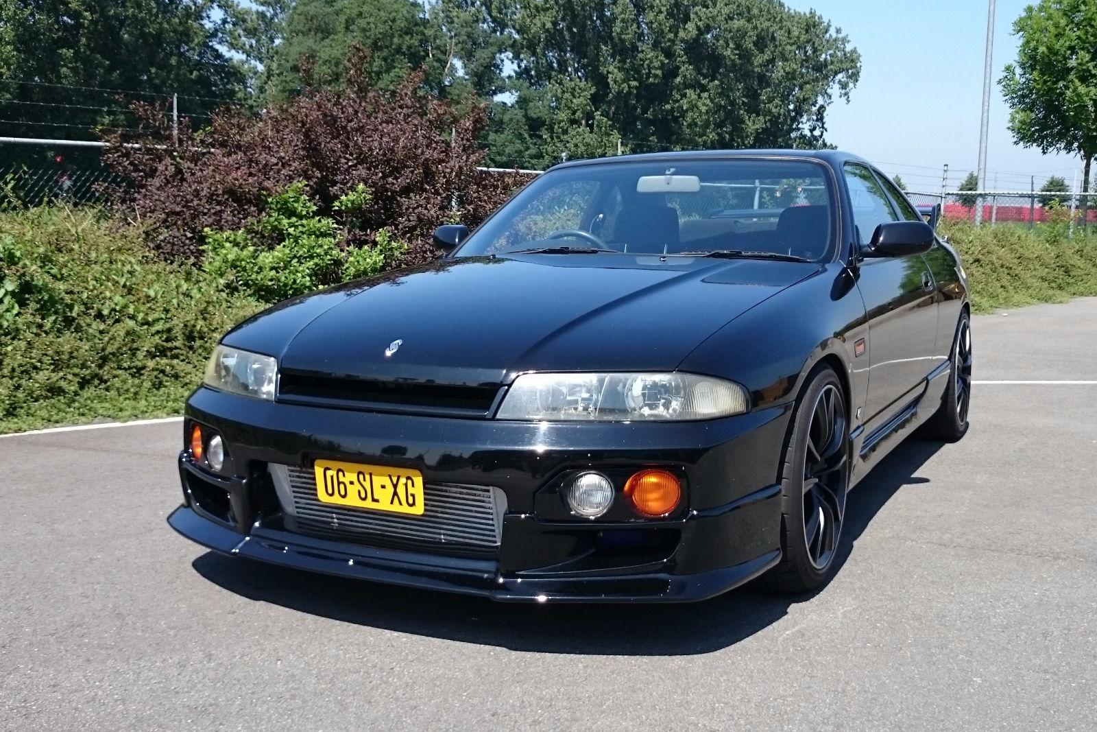 Nissan Skyline IX (R33) 1993 - 1998 Sedan #5