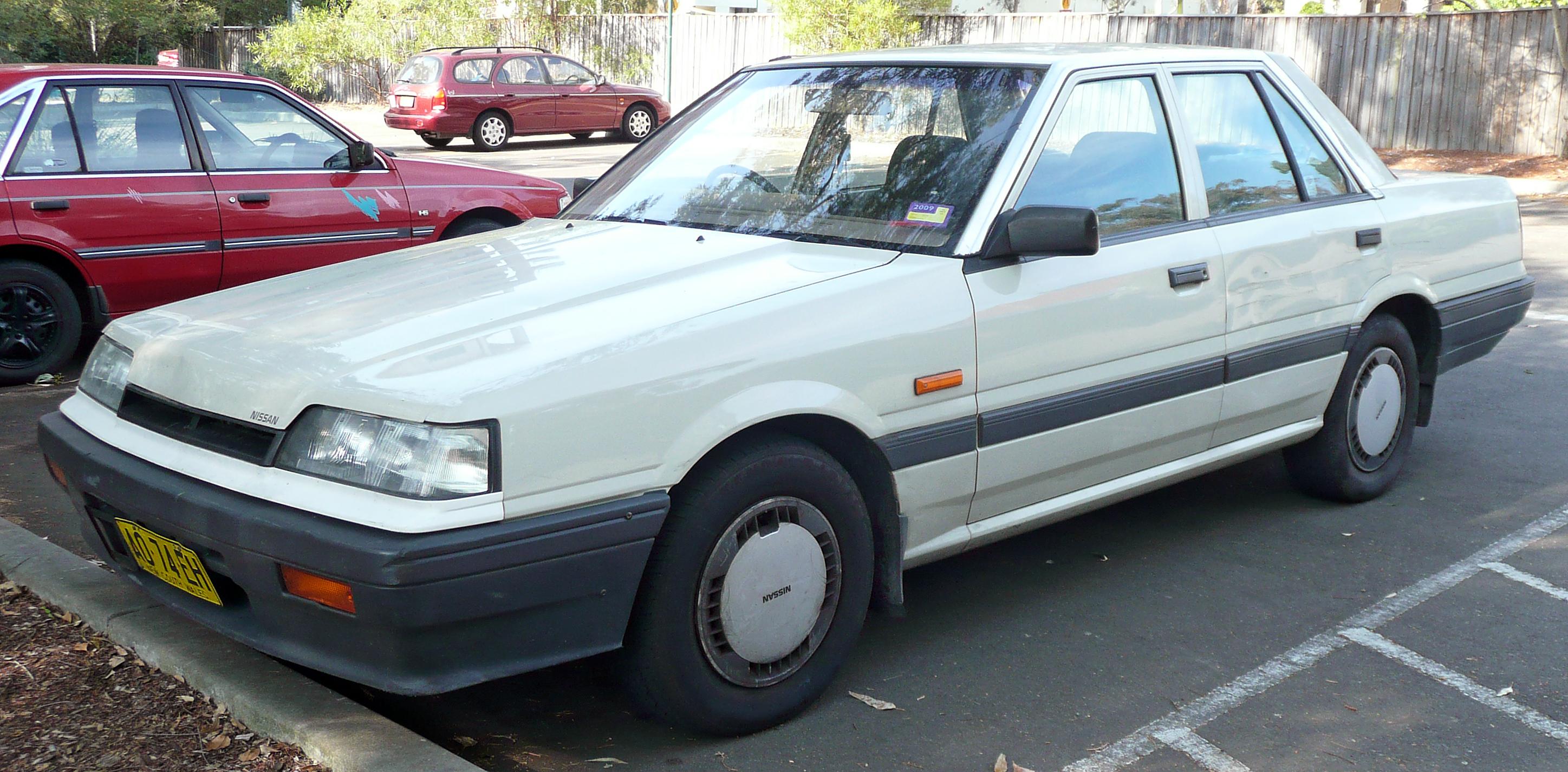 Nissan Skyline VII (R31) 1985 - 1989 Sedan #2