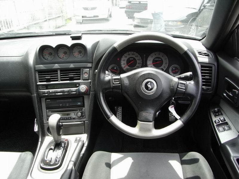Nissan Skyline X (R34) 1998 - 2002 Sedan #7