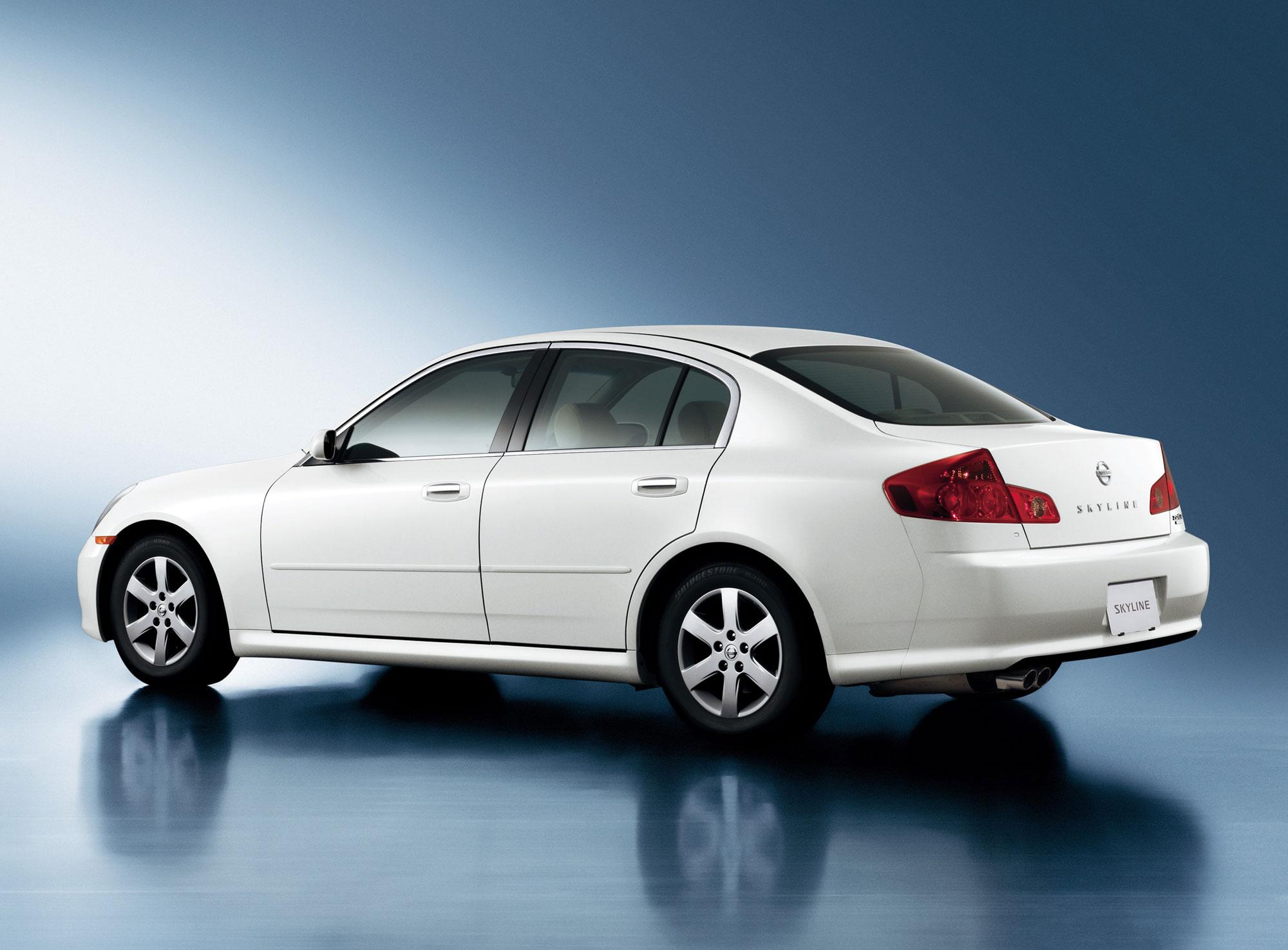 Nissan Skyline XI (V35) 2001 - 2007 Sedan #8