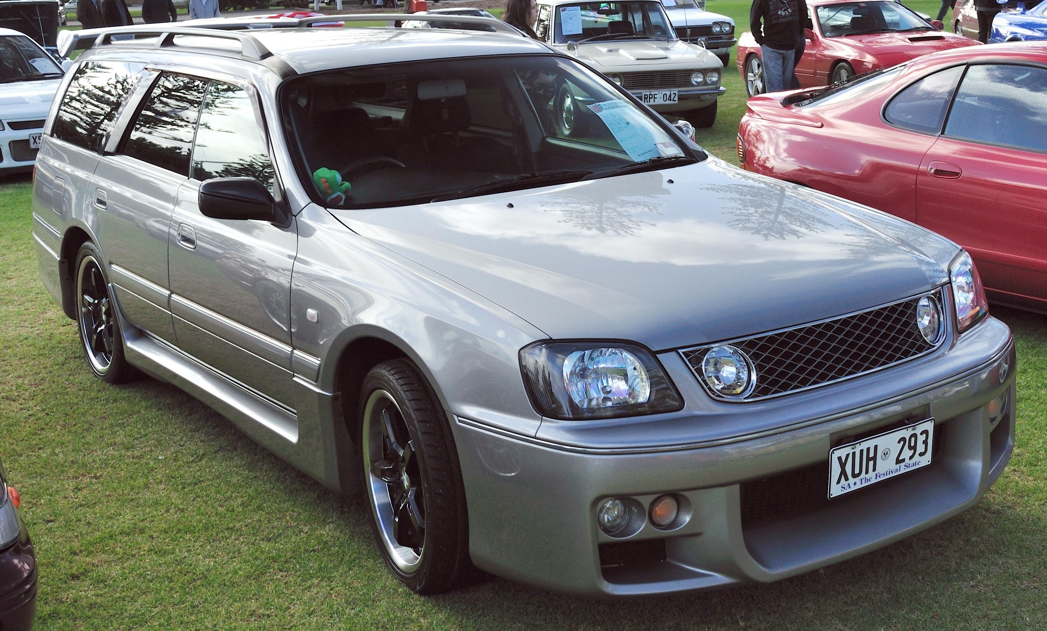 Nissan Stagea I 1996 - 2001 Station wagon 5 door #2