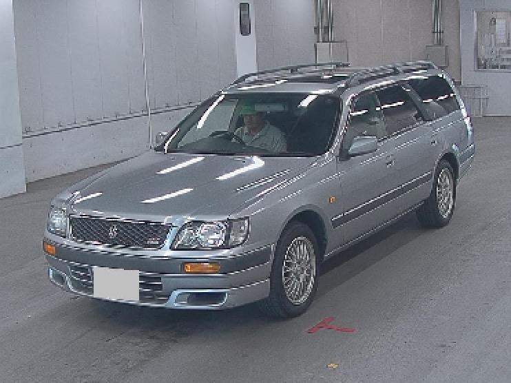 Nissan Stagea I 1996 - 2001 Station wagon 5 door #4