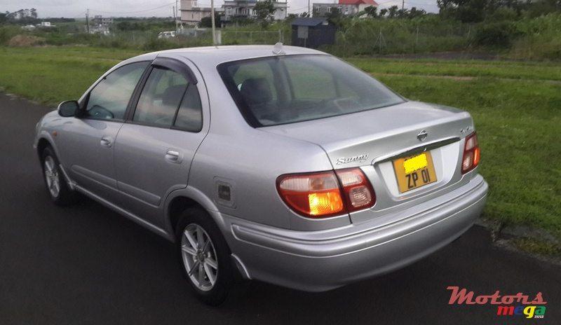 Nissan Sunny N16 2000 - 2005 Sedan #1
