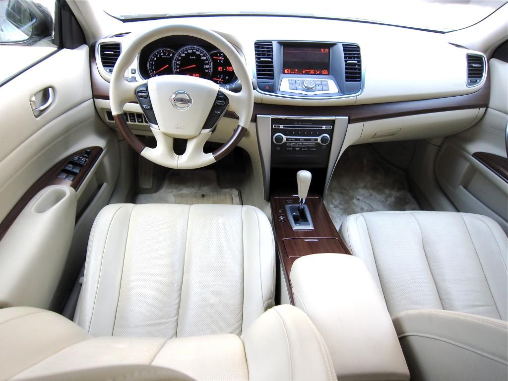 Nissan Teana II 2008 - 2011 Sedan #8