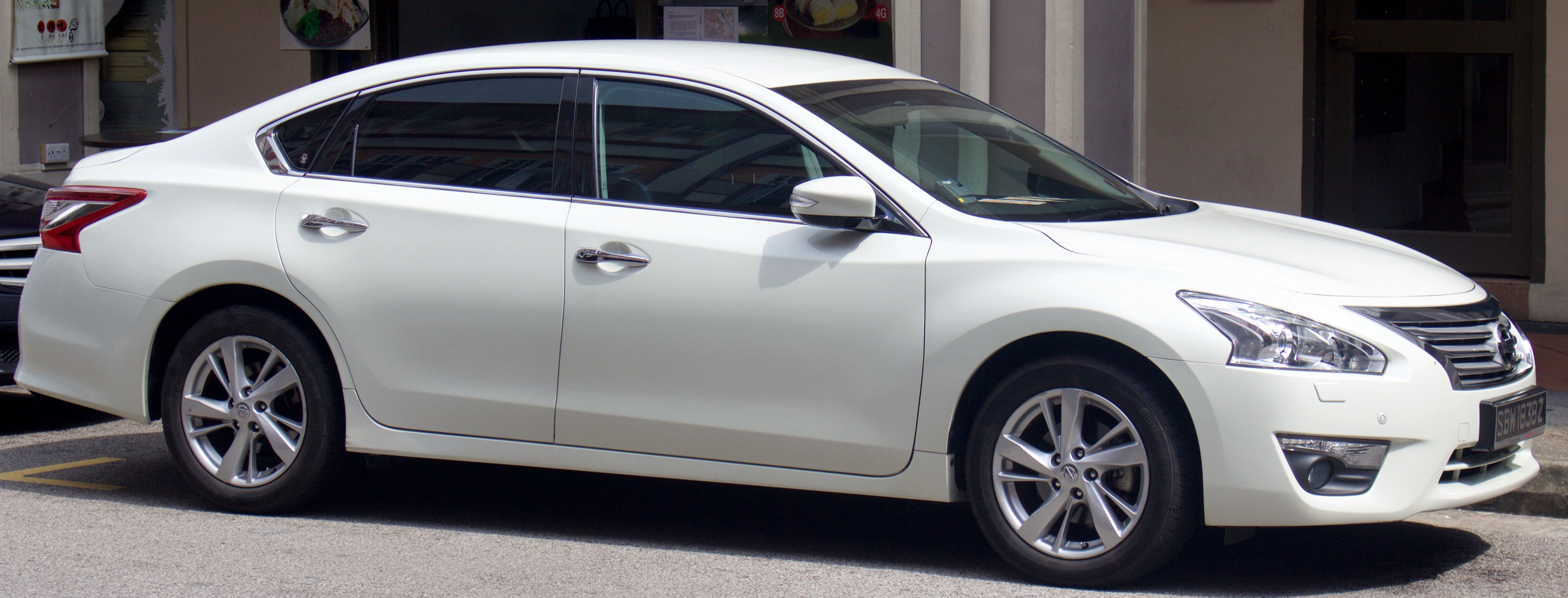 Nissan Teana II Restyling 2011 - 2014 Sedan #2