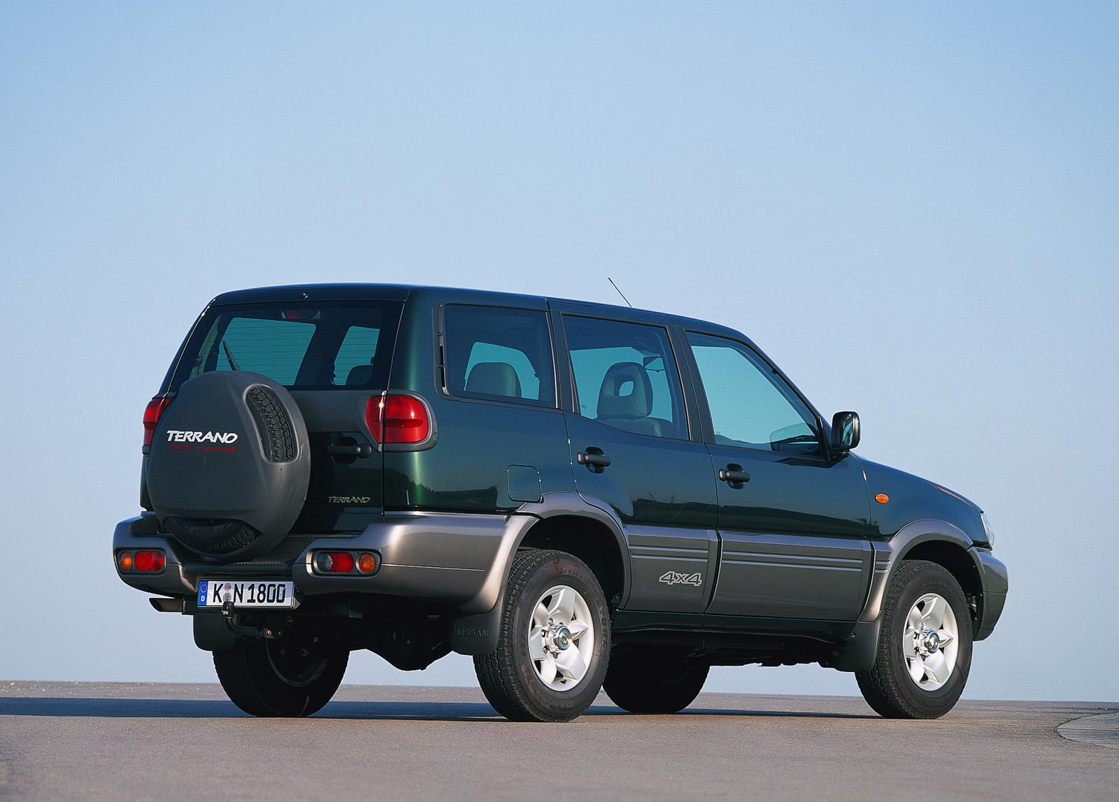 Nissan Terrano II Restyling 2 1999 - 2006 SUV 3 door #1