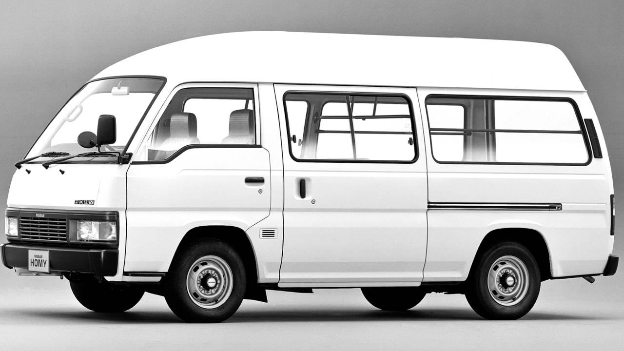 Nissan Urvan III (E24) 1986 - 2001 Minivan #1
