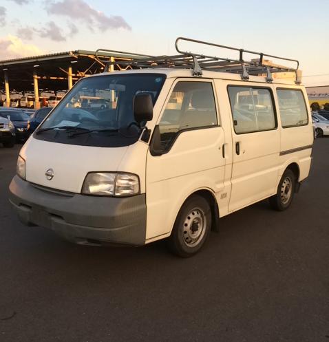 Nissan Vanette III 1991 - 2002 Minivan #1