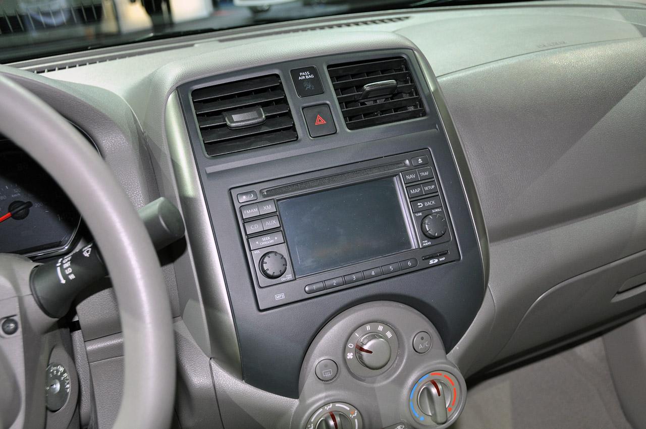 Nissan Versa I 2006 - 2012 Sedan #5