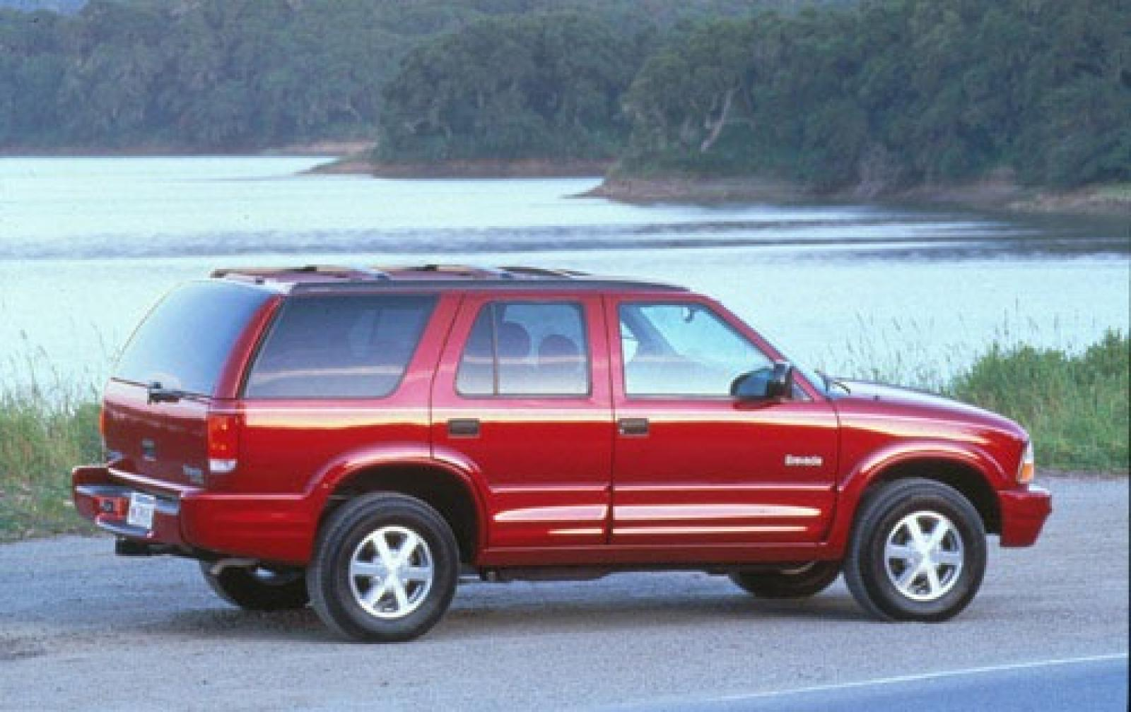 Oldsmobile Bravada III 2001 - 2004 SUV 5 door #3