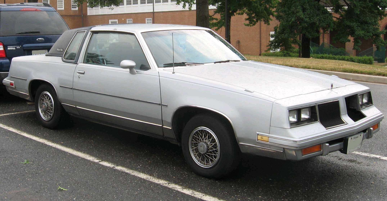 Oldsmobile Cutlass Calais 1984 - 1991 Coupe #4