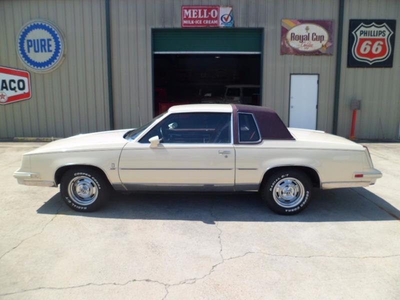 Oldsmobile Cutlass Calais 1984 - 1991 Coupe #2