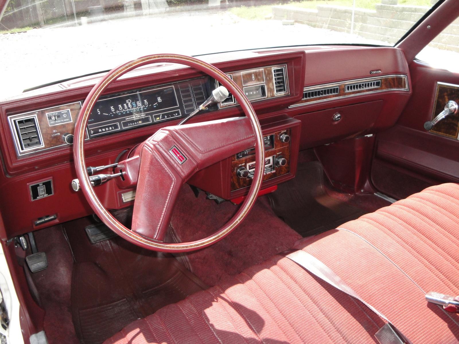 Oldsmobile Cutlass Calais 1984 - 1991 Coupe #6