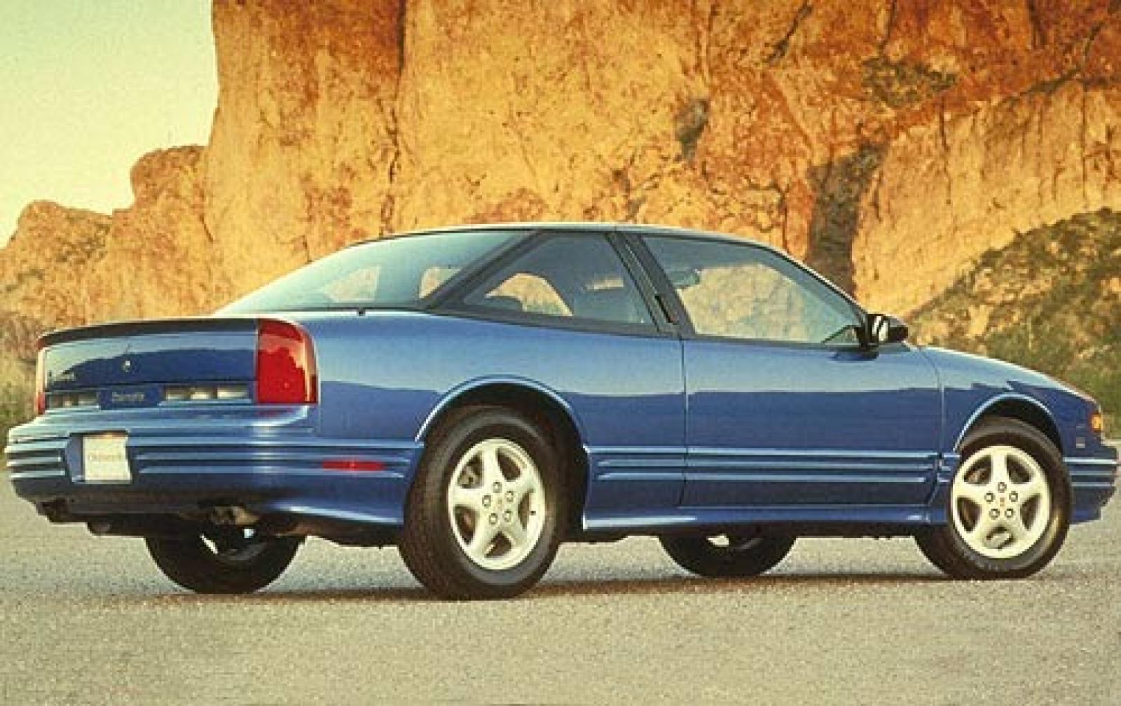 Oldsmobile Cutlass Supreme 1988 - 1997 Cabriolet #2