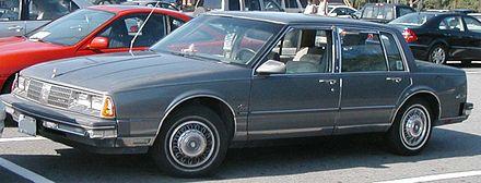 Oldsmobile Ninety-Eight X 1985 - 1990 Sedan #2