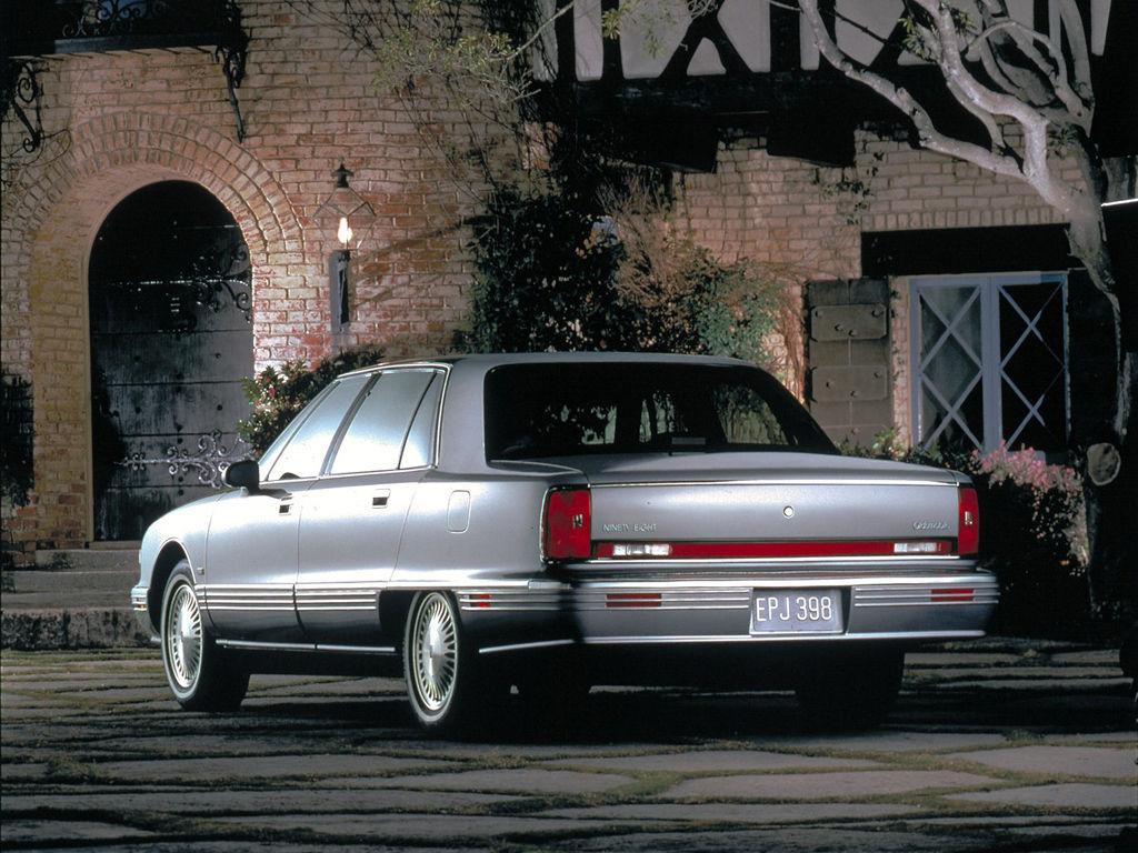 Oldsmobile Ninety-Eight XI 1991 - 1996 Sedan #1