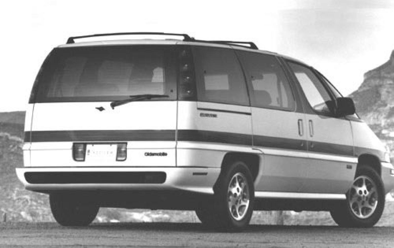 Oldsmobile Silhouette I 1989 - 1996 Minivan #2