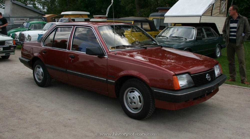 Opel Ascona C 1981 - 1988 Sedan #2