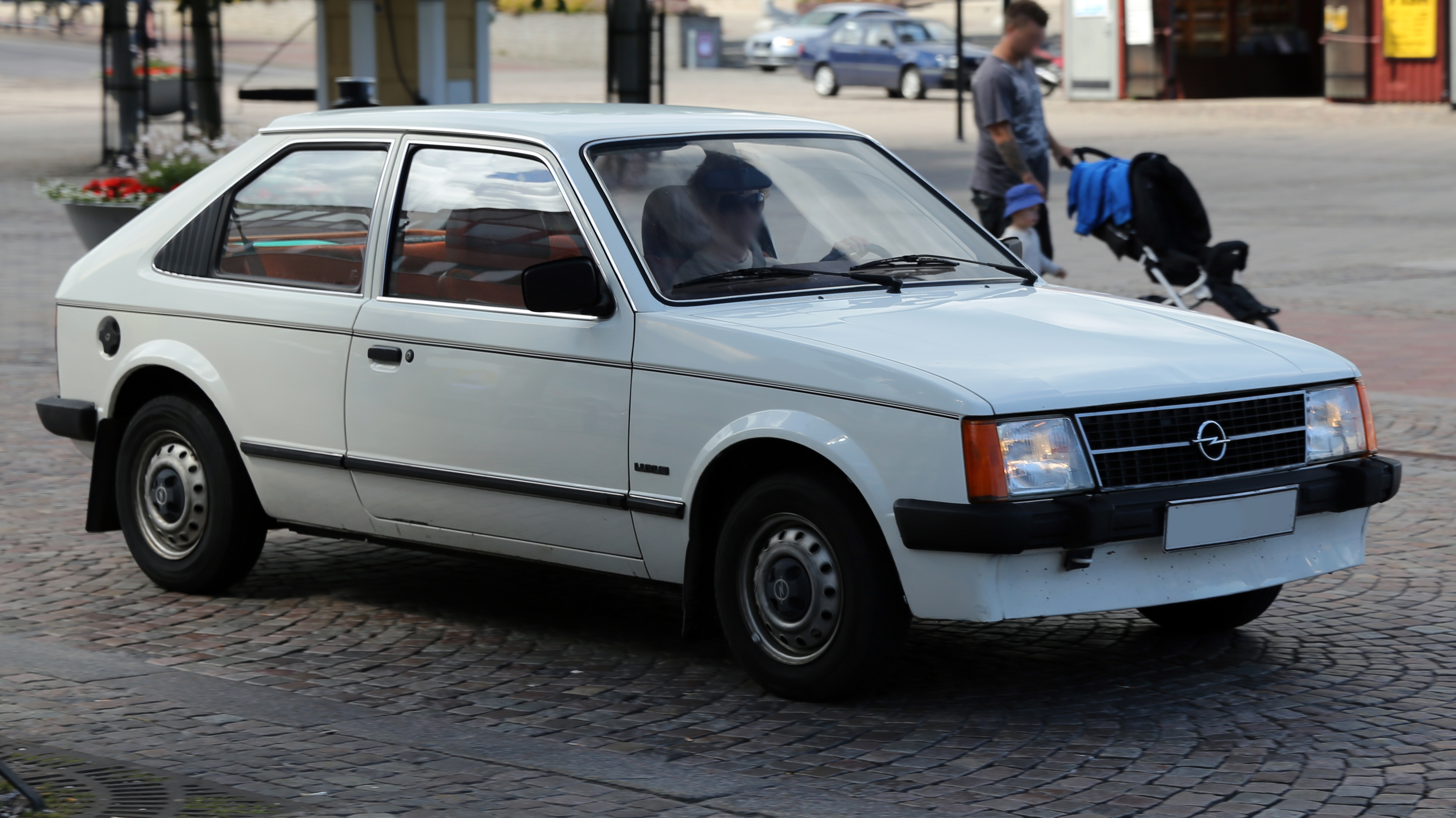 Opel Kadett D 1979 - 1984 Station wagon 3 door #5