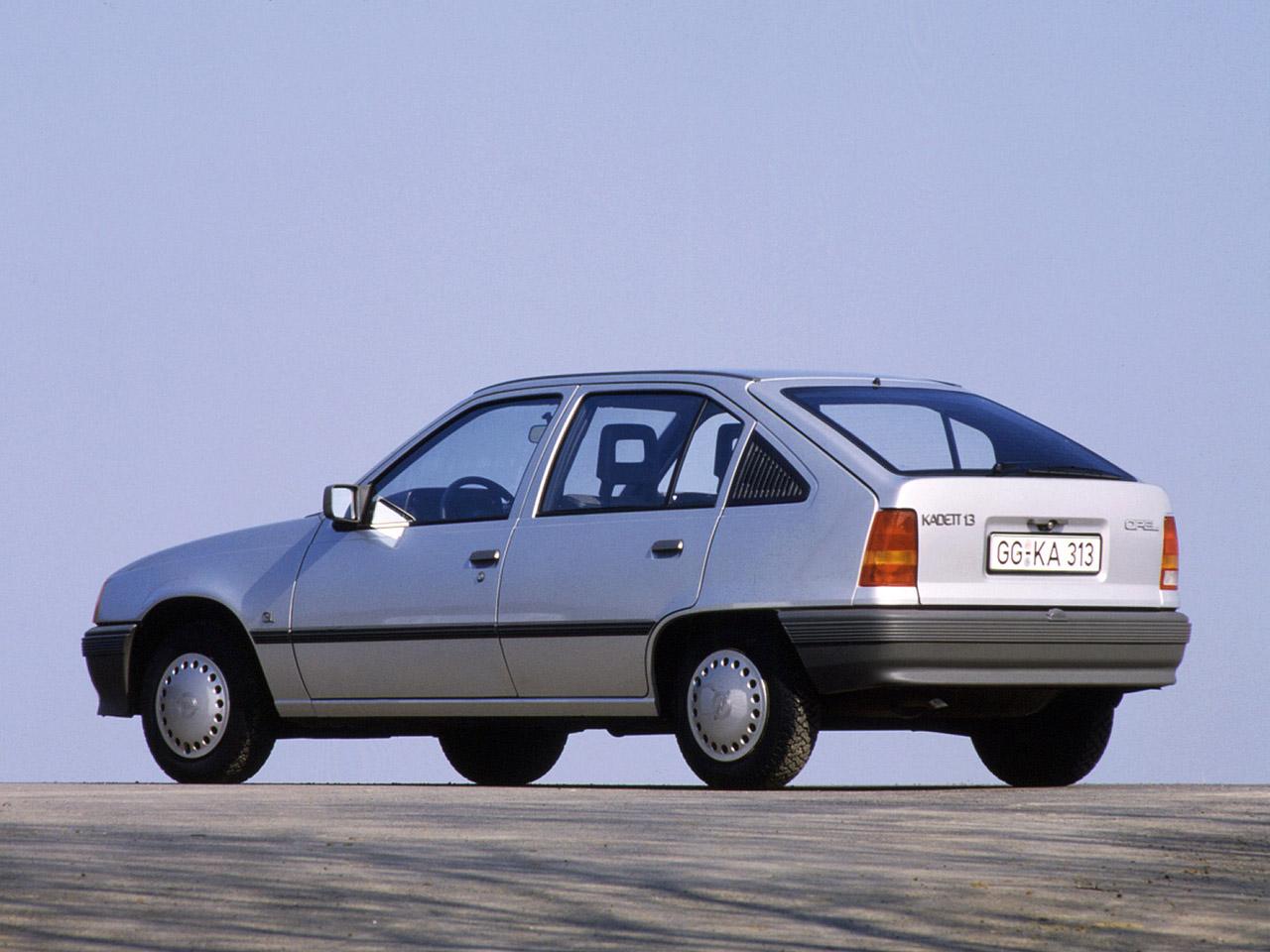 Opel Kadett E Restyling 1989 - 1993 Hatchback 5 door #4