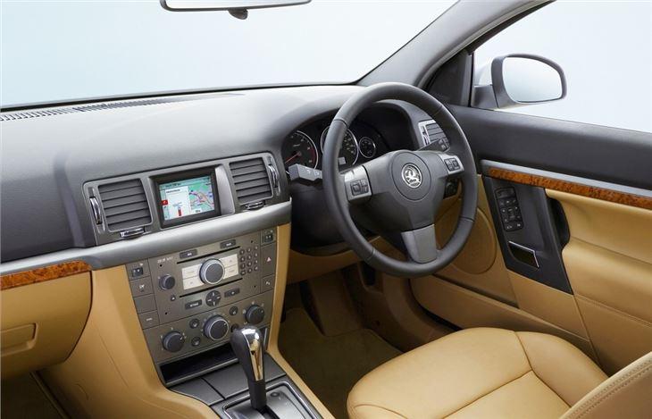 Vauxhall Vectra C 2002 - 2009 Sedan #6
