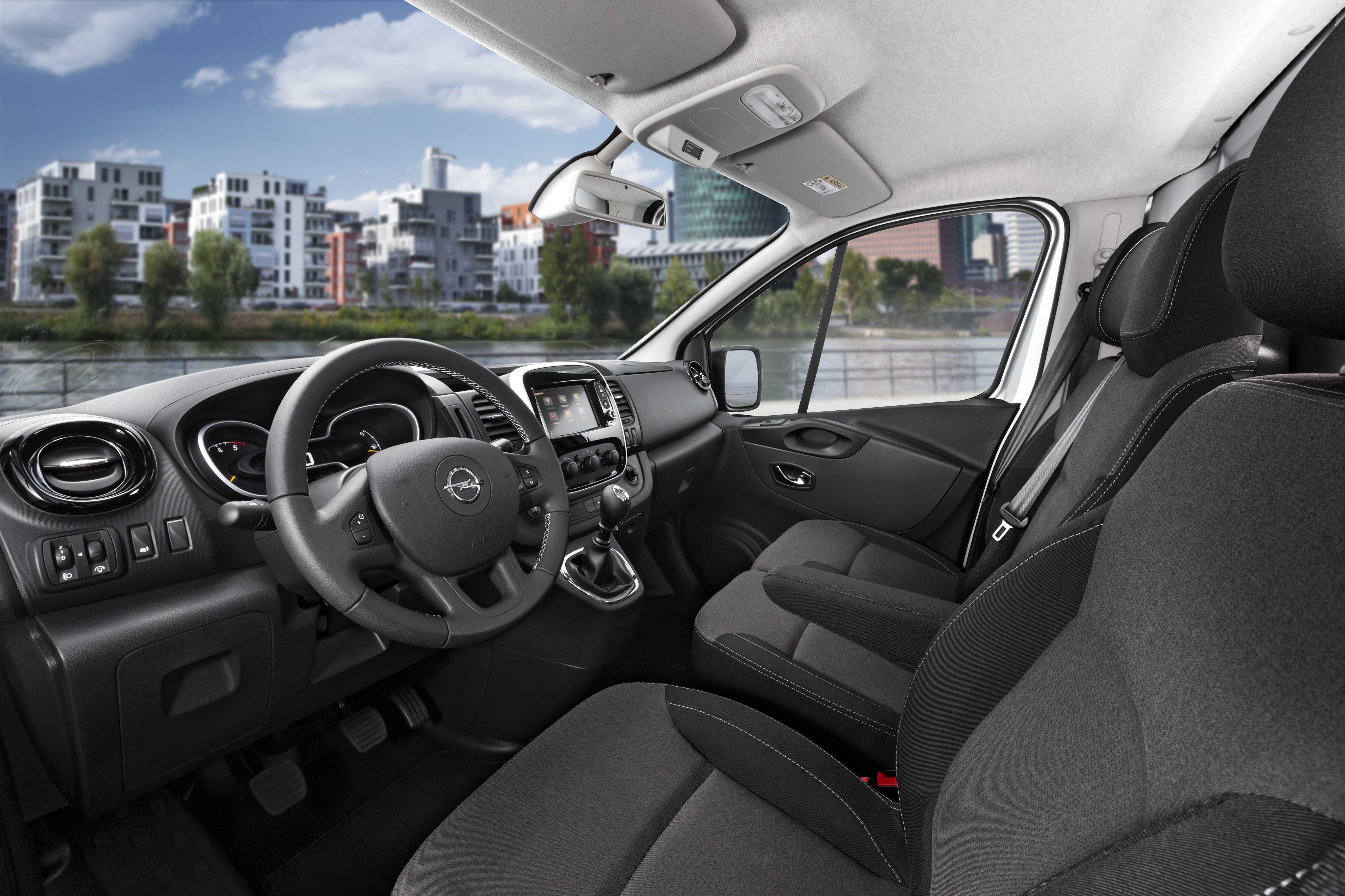 Opel Vivaro A 2001 - 2014 Minivan #2