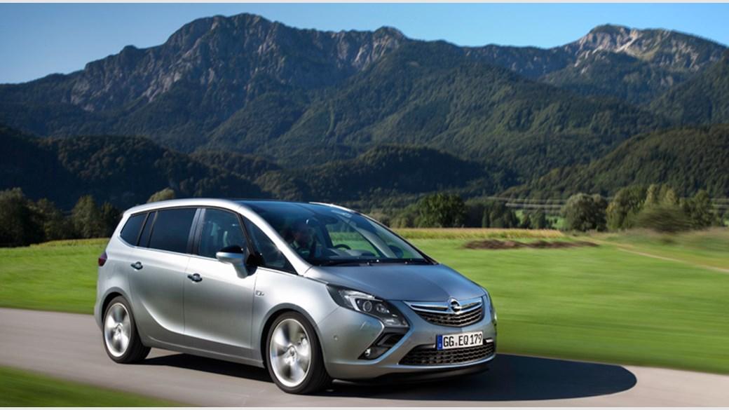 Opel Zafira C 2011 - 2016 Compact MPV #1
