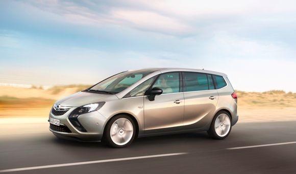 Opel Zafira C 2011 - 2016 Compact MPV #2