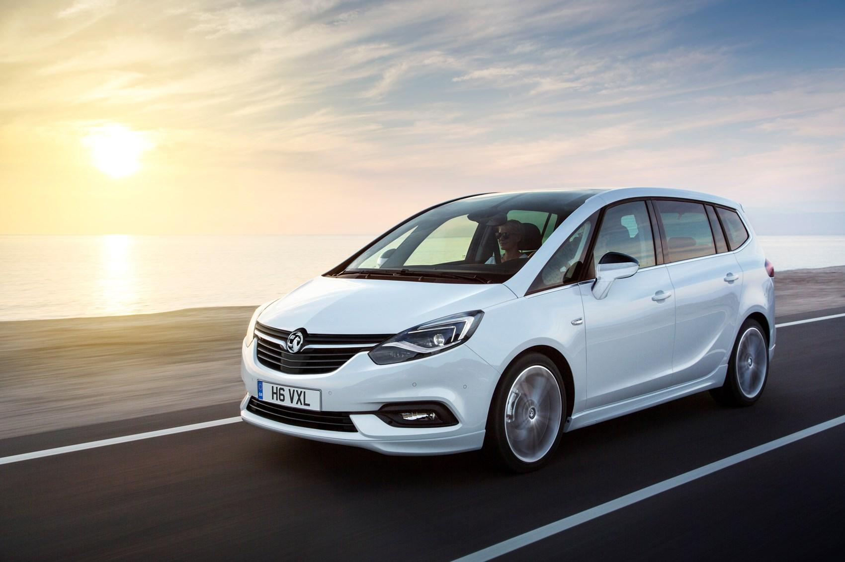 Opel Zafira C Restyling 2016 - now Minivan #5
