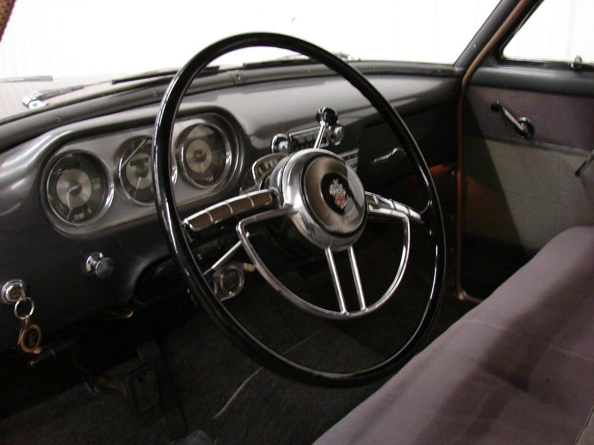 Packard 200뢒 I 1951 - 1952 Sedan #7