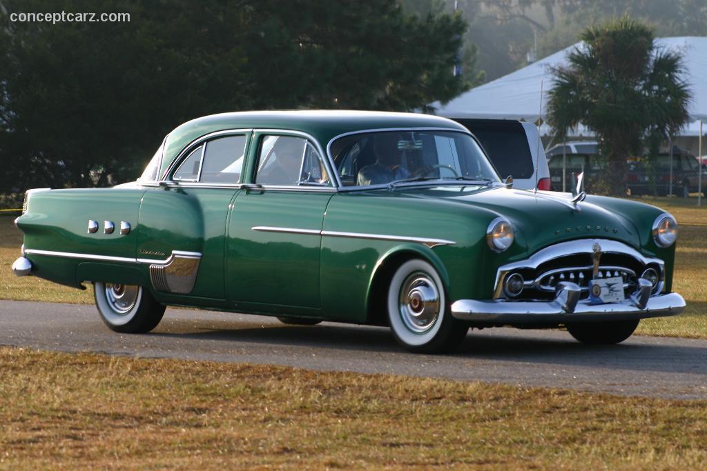 Packard 200뢒 I 1951 - 1952 Sedan #6