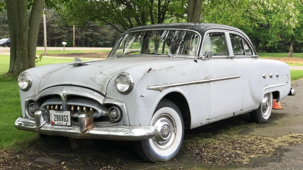 Packard 200뢒 I 1951 - 1952 Sedan #2