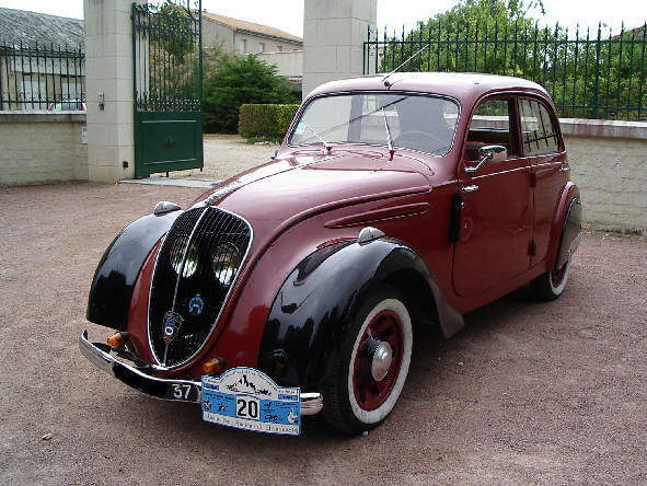 Peugeot 202 1938 - 1948 Sedan #4