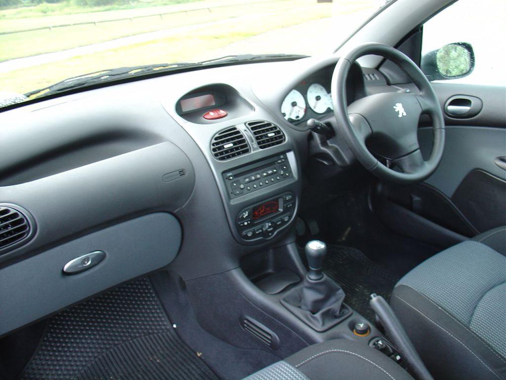 Peugeot 206 1998 - 2012 Cabriolet #5