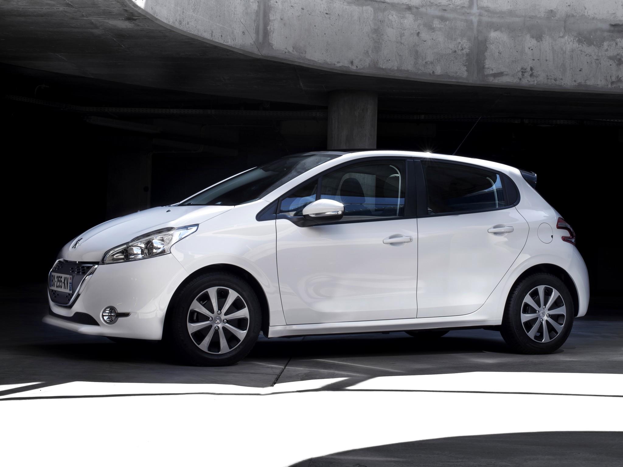 Peugeot 208 I 2012 - 2015 Hatchback 3 door #7