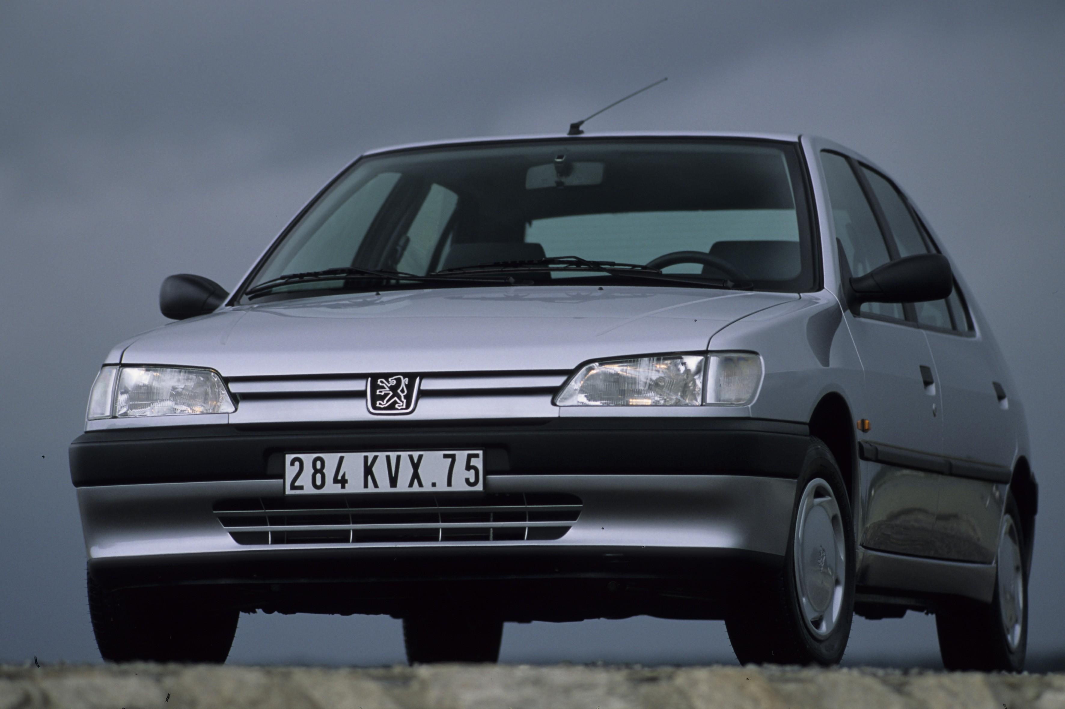 Peugeot 306 1993 - 2002 Hatchback 5 door #1