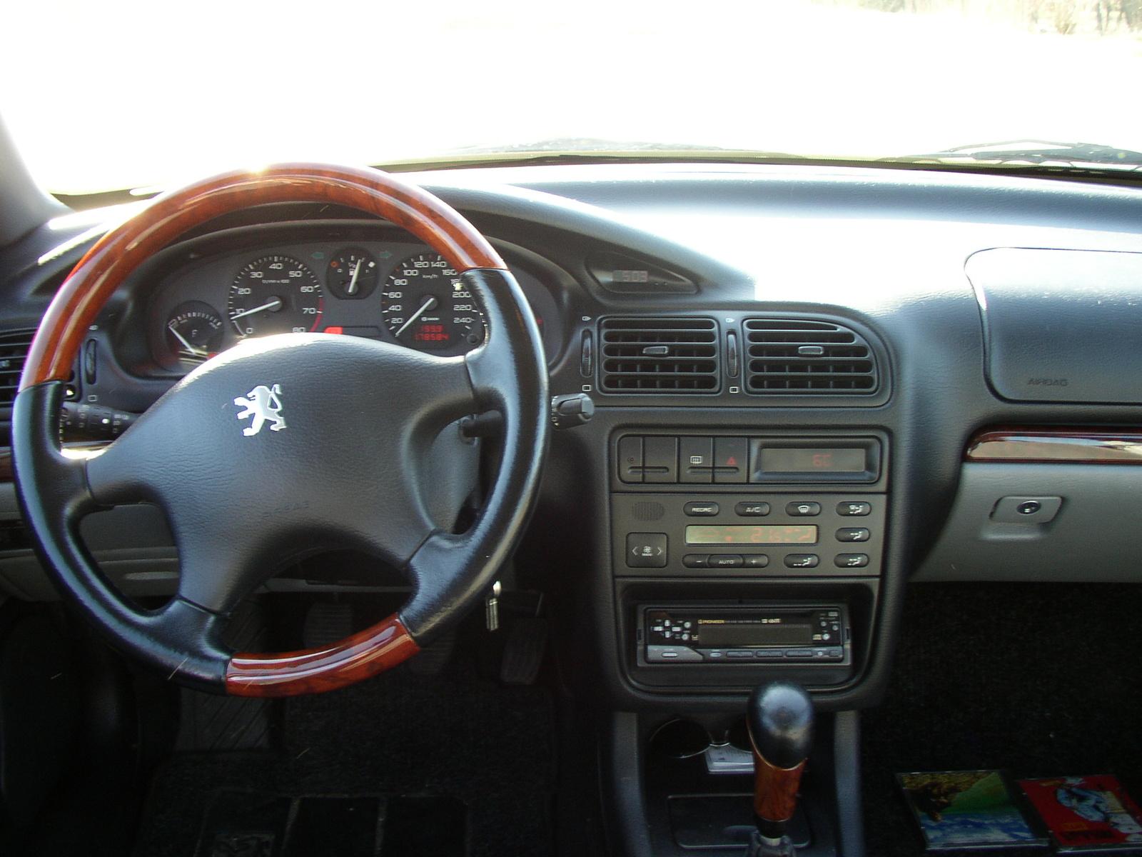 Peugeot 406 1999 - 2005 Sedan #6