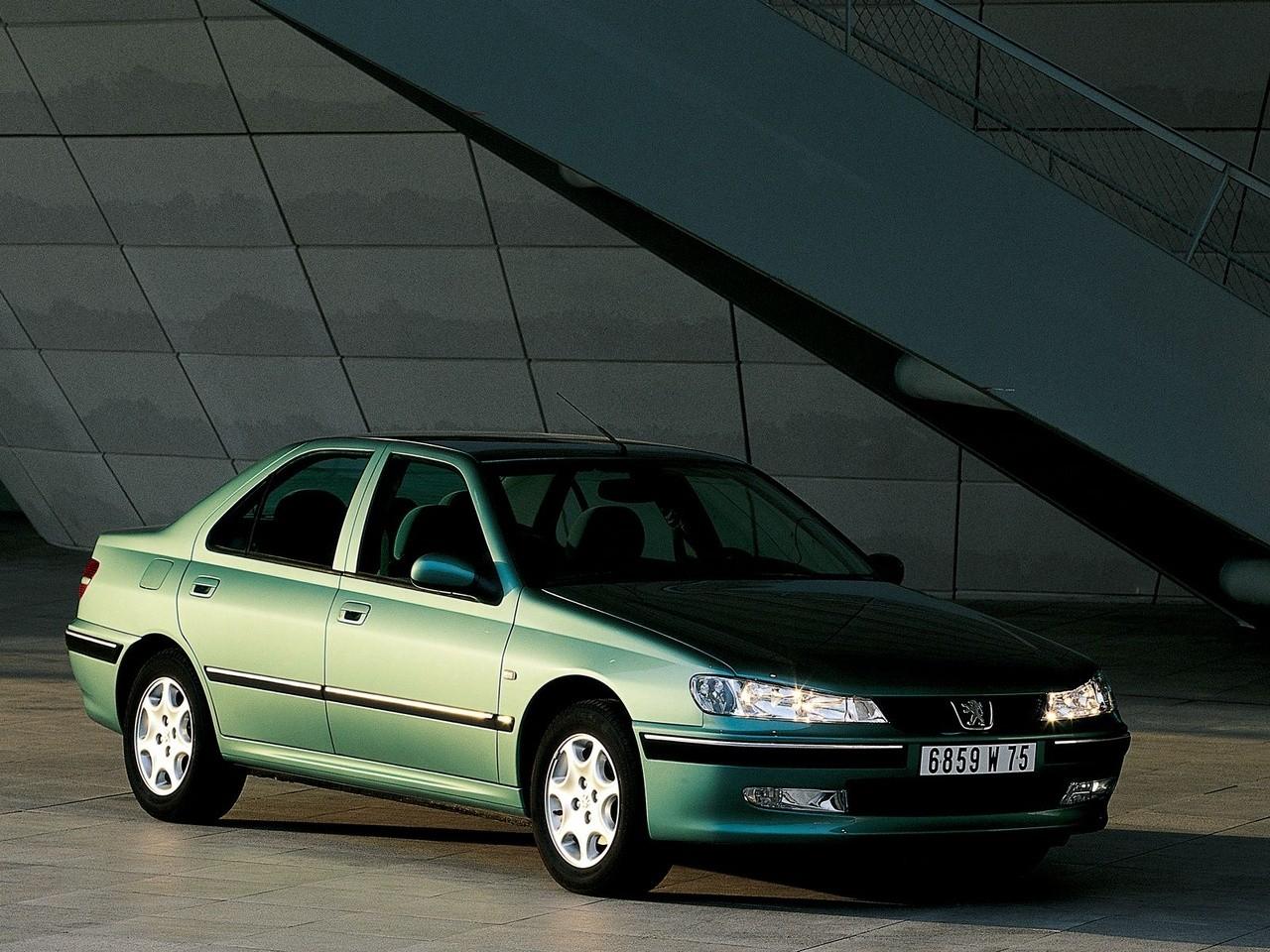 Peugeot 406 1999 - 2005 Sedan #1