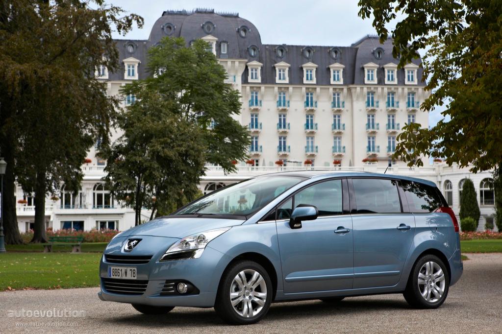 Peugeot 5008 I 2009 - 2013 Compact MPV #2