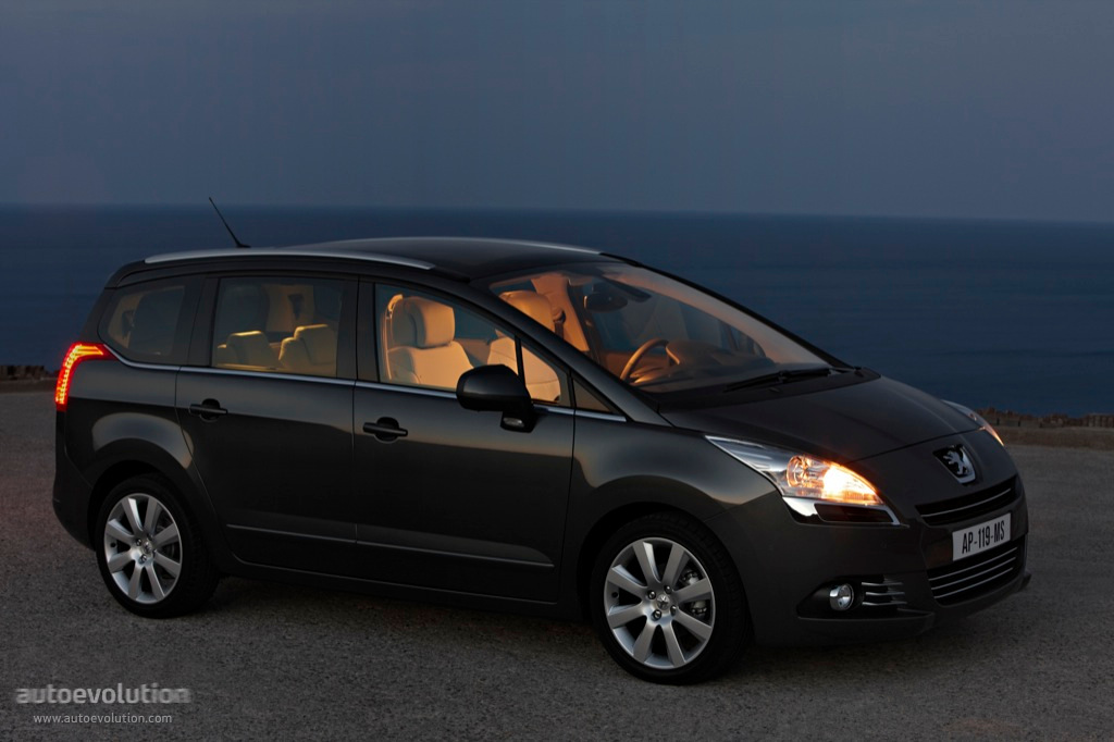 Peugeot 5008 I 2009 - 2013 Compact MPV #4
