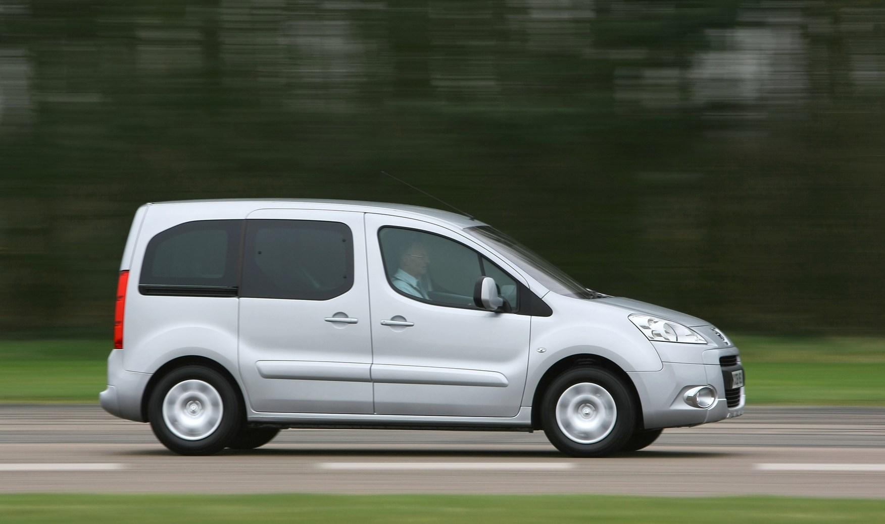 Peugeot Partner II 2008 - 2012 Compact MPV #2